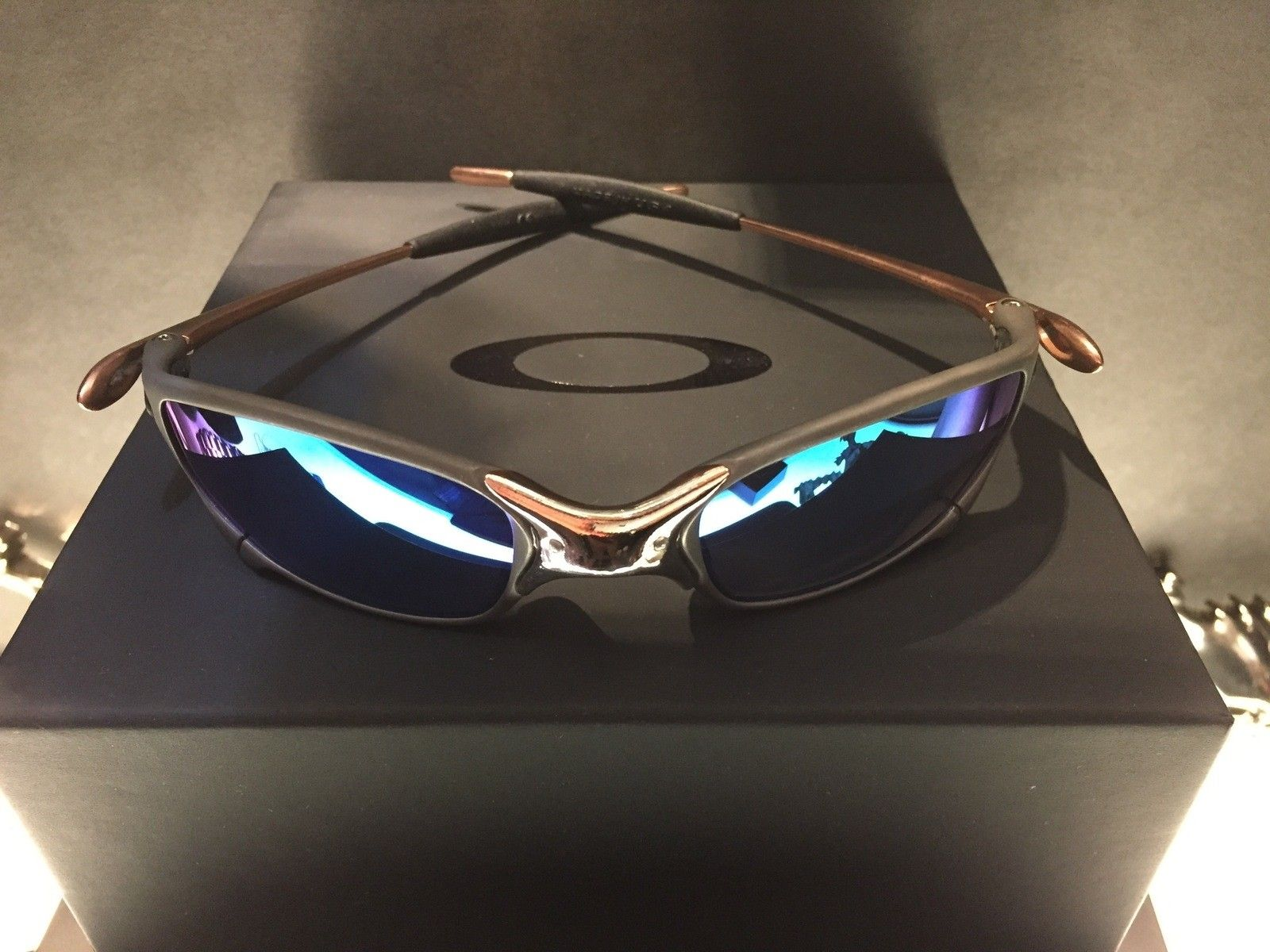Juliet Custom Copper Plated X-Metal Ti-02 and Reverse Version with Jade and Sapphire Polarized Lens - IMG_2840.jpg