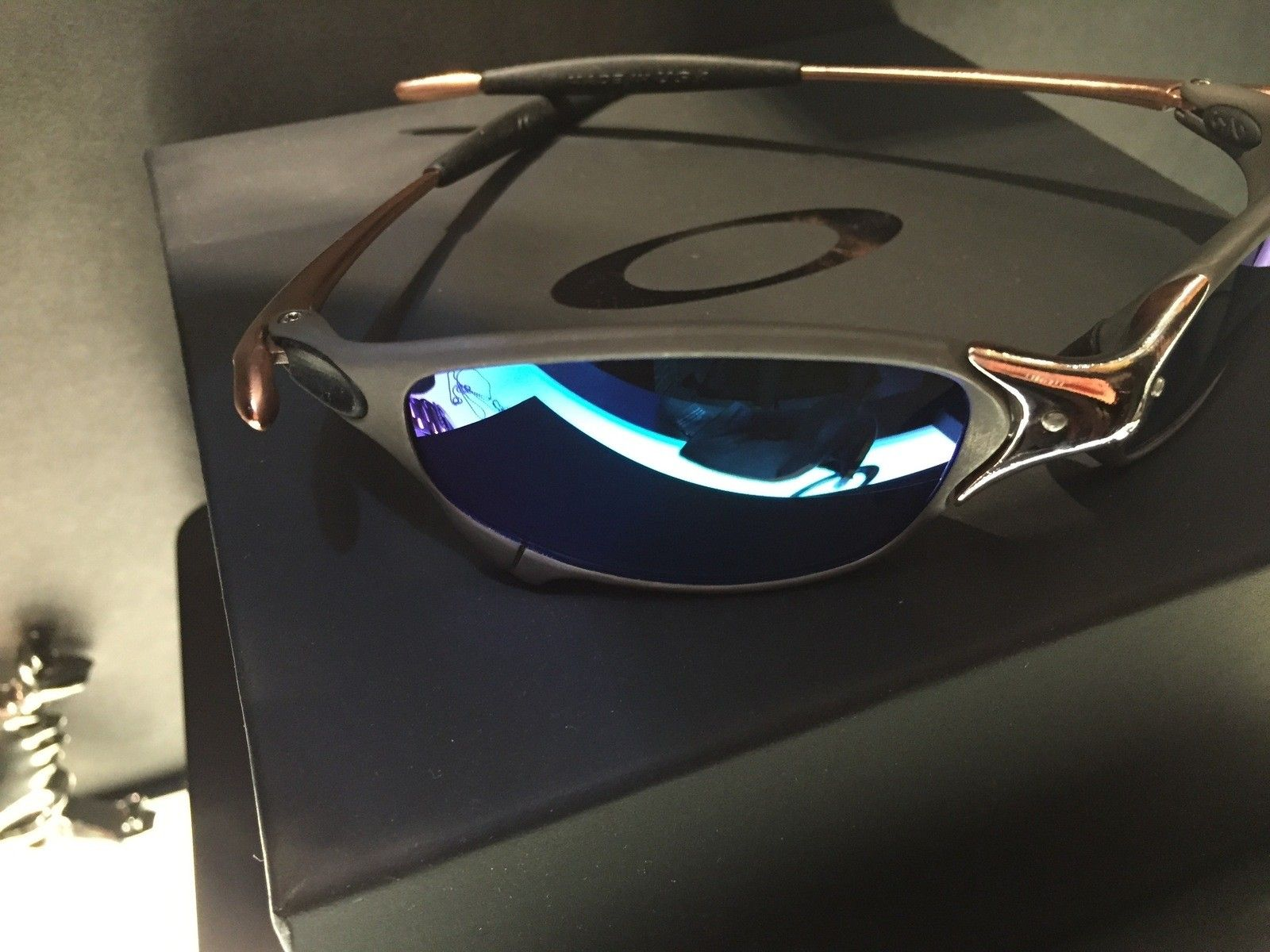 Juliet Custom Copper Plated X-Metal Ti-02 and Reverse Version with Jade and Sapphire Polarized Lens - IMG_2841.jpg