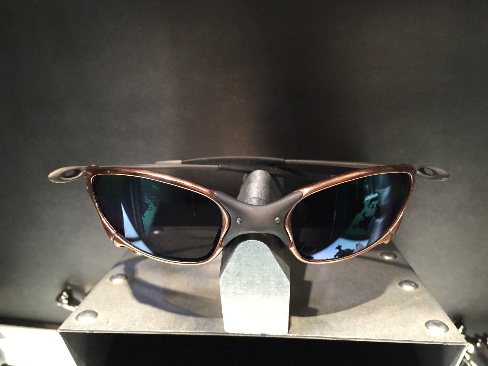 Juliet Custom Copper Plated X-Metal Ti-02 and Reverse Version with Jade and Sapphire Polarized Lens - IMG_2848.jpg