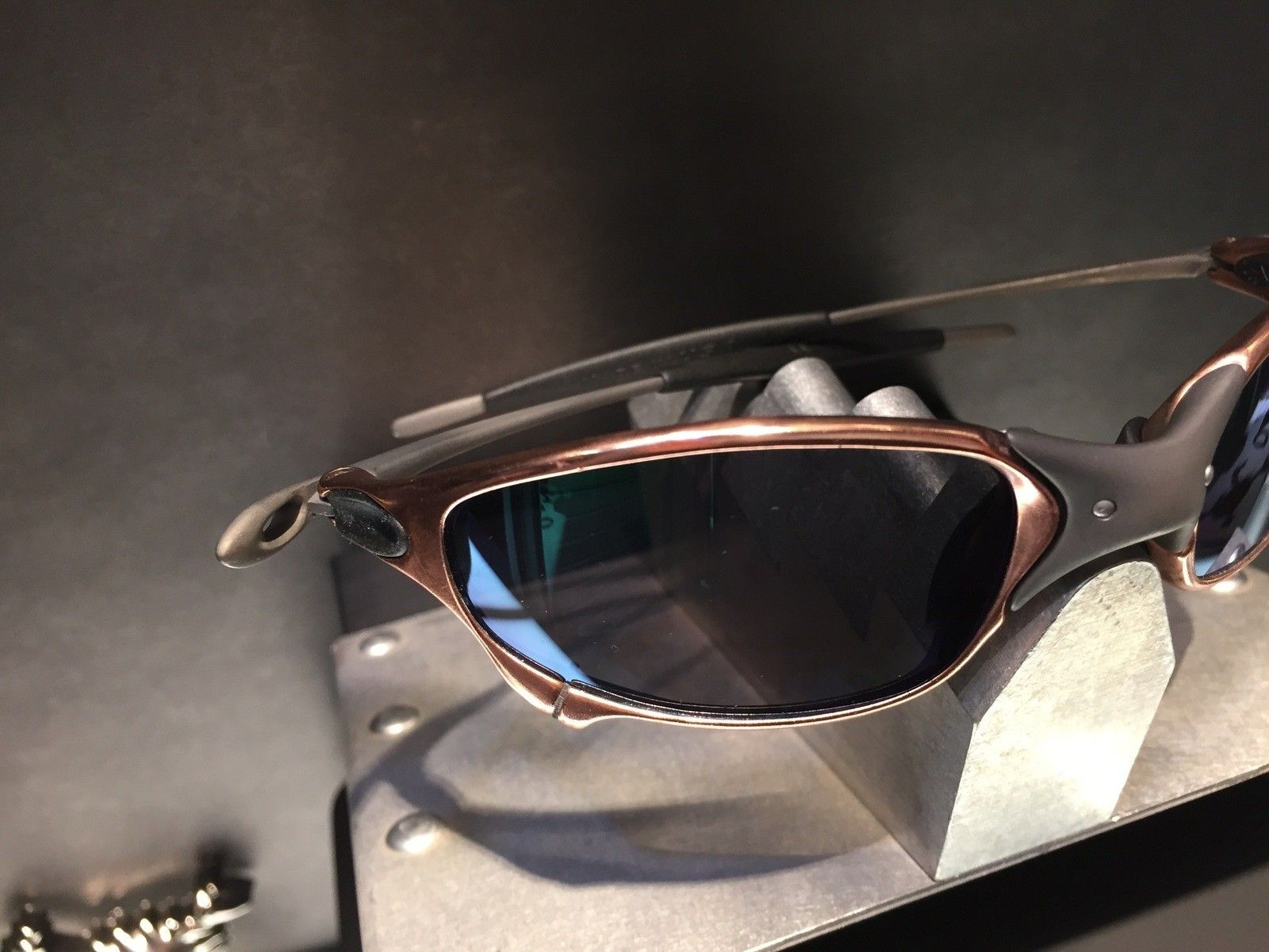 Juliet Custom Copper Plated X-Metal Ti-02 and Reverse Version with Jade and Sapphire Polarized Lens - IMG_2849.jpg