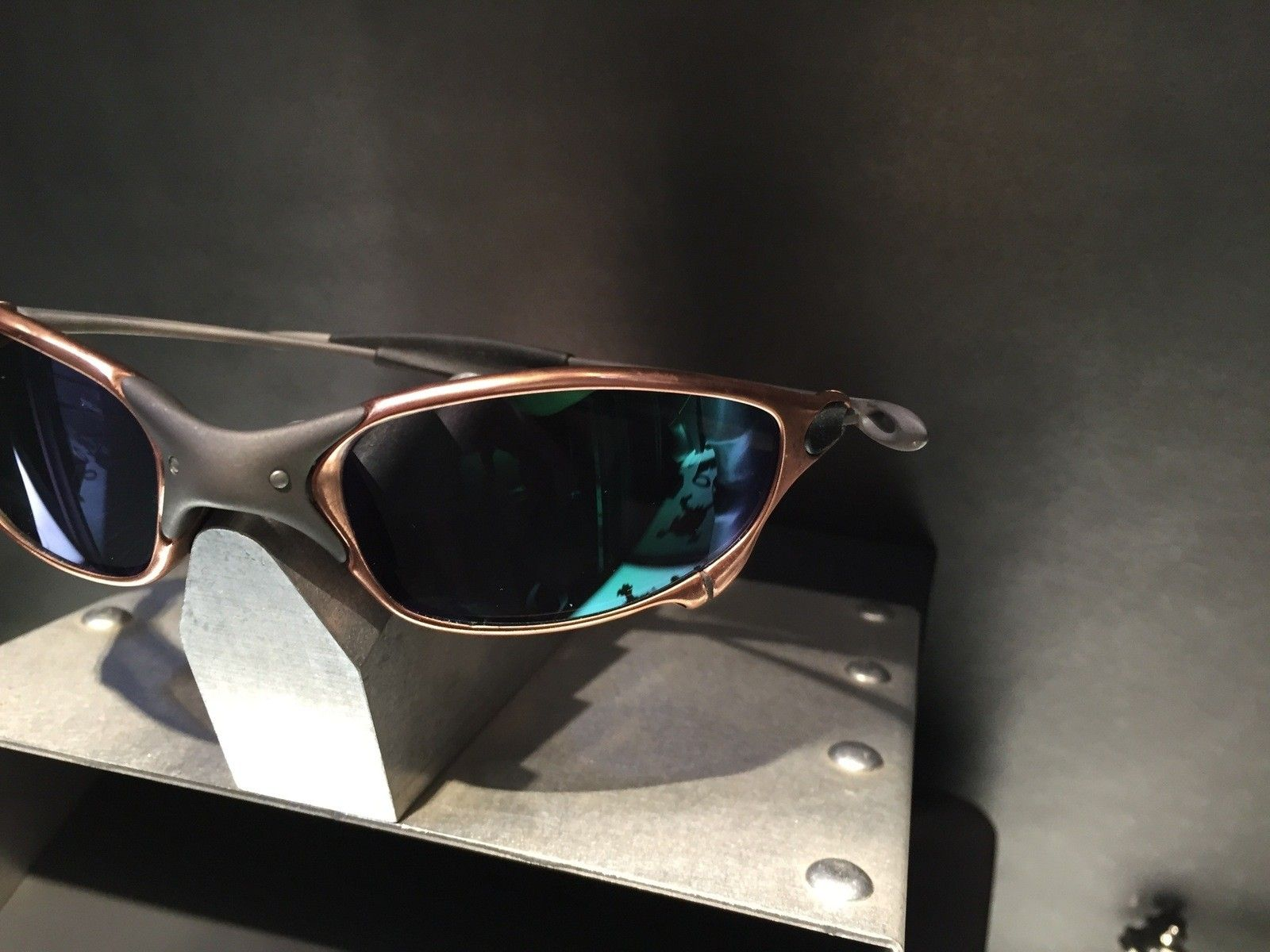 Juliet Custom Copper Plated X-Metal Ti-02 and Reverse Version with Jade and Sapphire Polarized Lens - IMG_2850.jpg