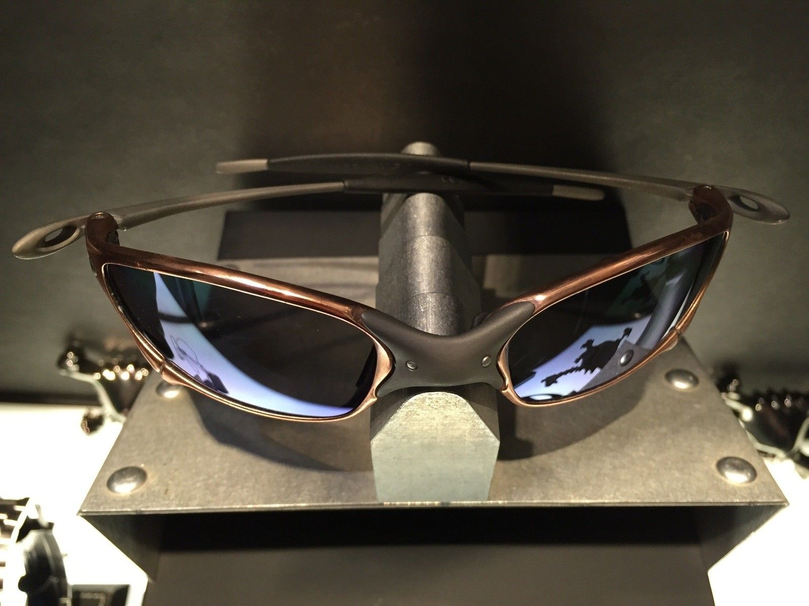 Juliet Custom Copper Plated X-Metal Ti-02 and Reverse Version with Jade and Sapphire Polarized Lens - IMG_2851.jpg