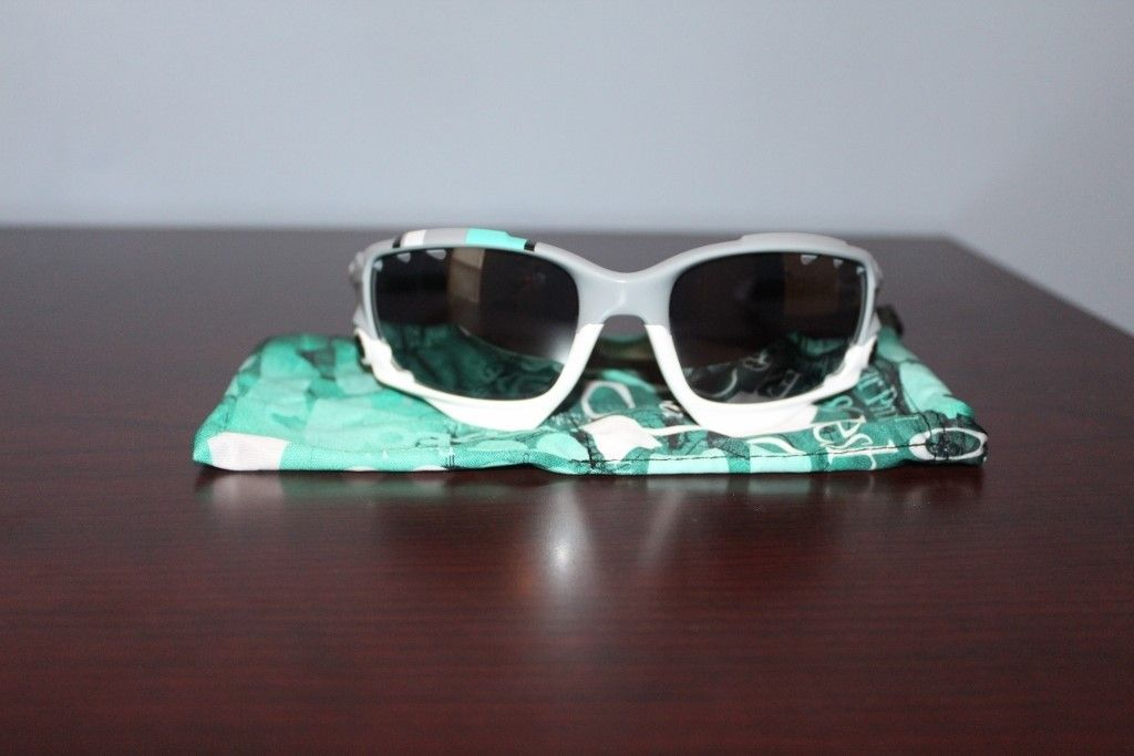 NEW OAKLEY RACING JACKET SUNGLASSES 30 YEARS SPORT SPECIAL EDITION - PRICE DROPPED - IMG_2867 (1024x683).jpg
