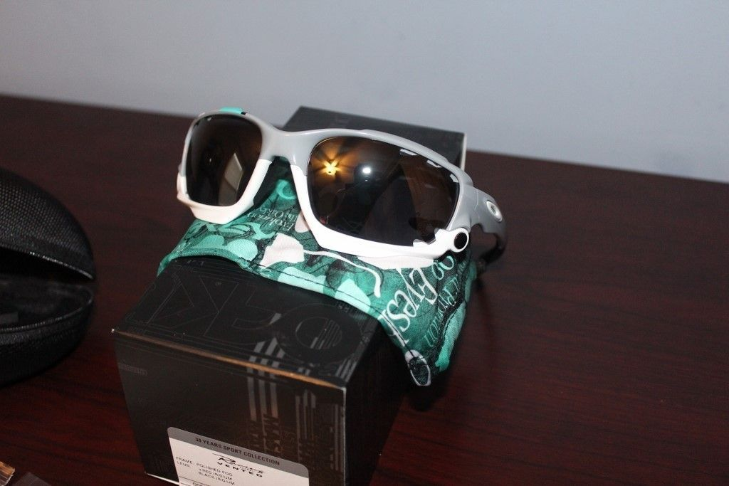 NEW OAKLEY RACING JACKET SUNGLASSES 30 YEARS SPORT SPECIAL EDITION - PRICE DROPPED - IMG_2871 (1024x683).jpg