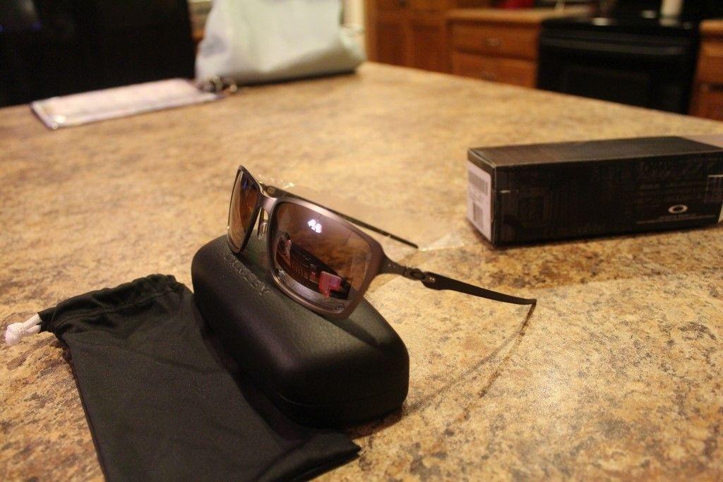 New in box Oakley Tincan Carbon Titanium with Titanium Iridium Polarized Lenses - IMG_2875 (1024x683).jpg