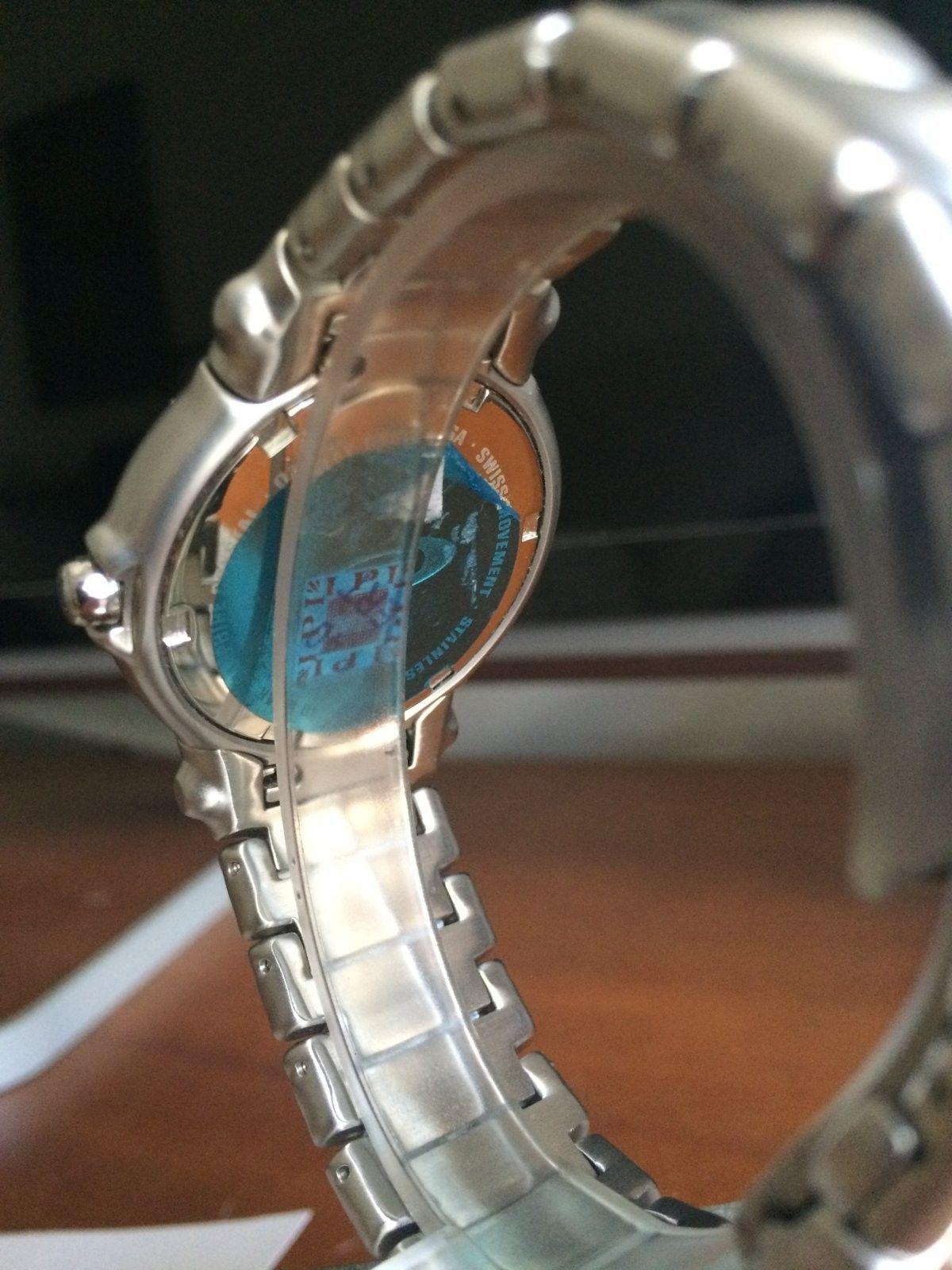 Oakley Jury Watch (BN) - Honed / Gunmetal (SKU 10-170) - IMG_2900.JPG