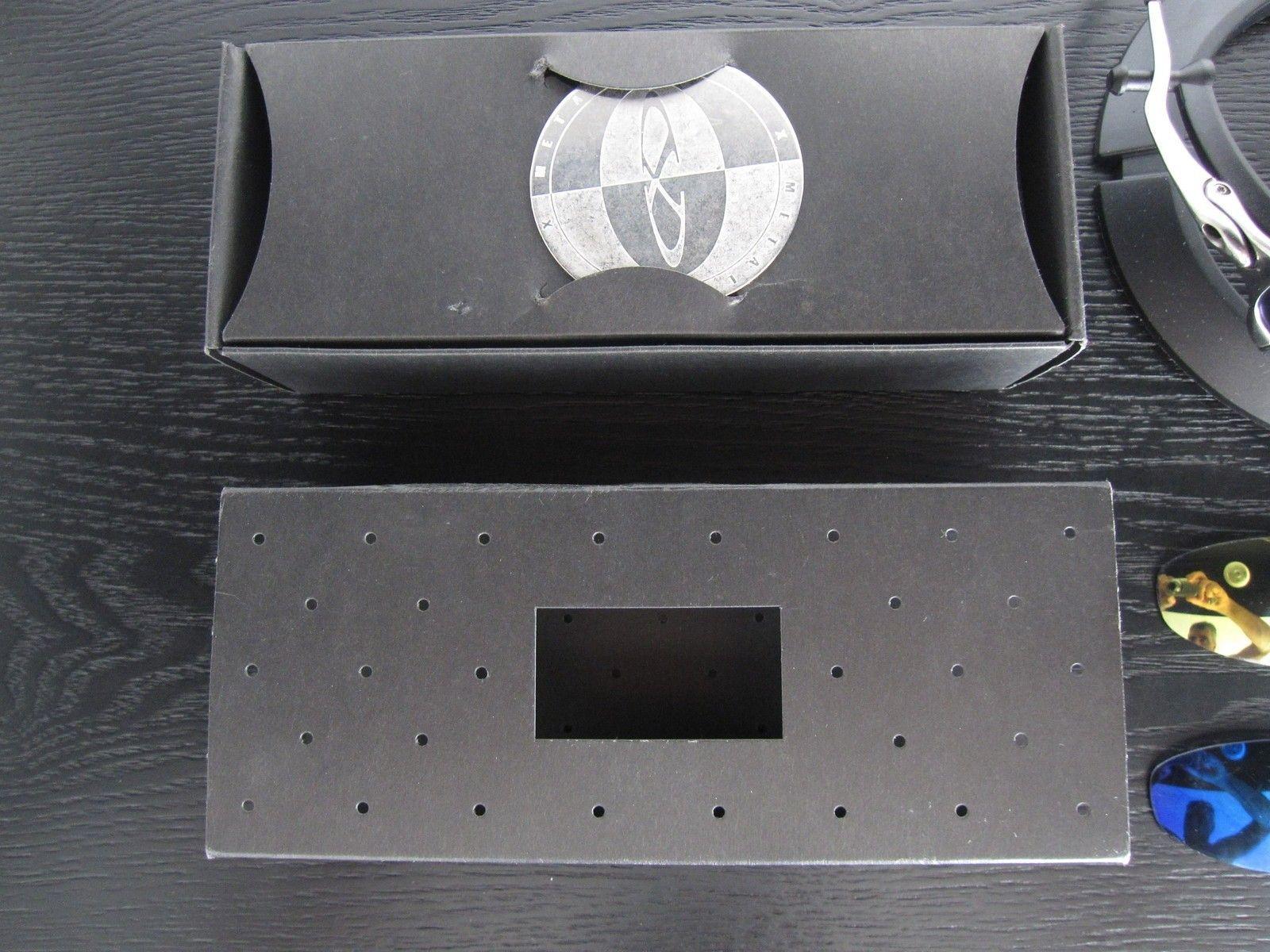 Polished Juliet JB hammerstem frame with box & coin - Frame SOLD - IMG_3128.JPG
