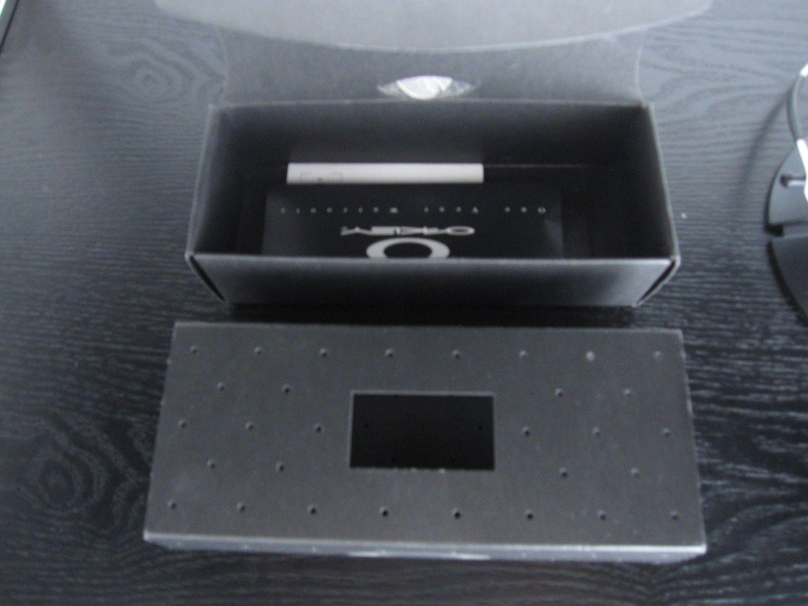 Polished Juliet JB hammerstem frame with box & coin - Frame SOLD - IMG_3129.JPG