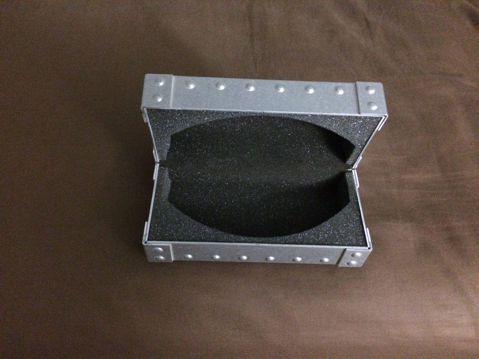 Price drop-Medium O-Metal Vault (Vintage) - IMG_3154.JPG