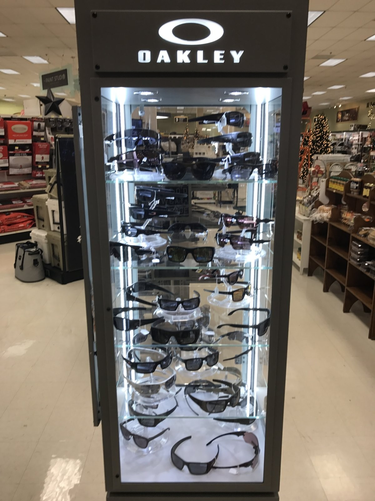 Oakley glasses, clothing, etc being sold in unexpected places... - IMG_3223.JPG