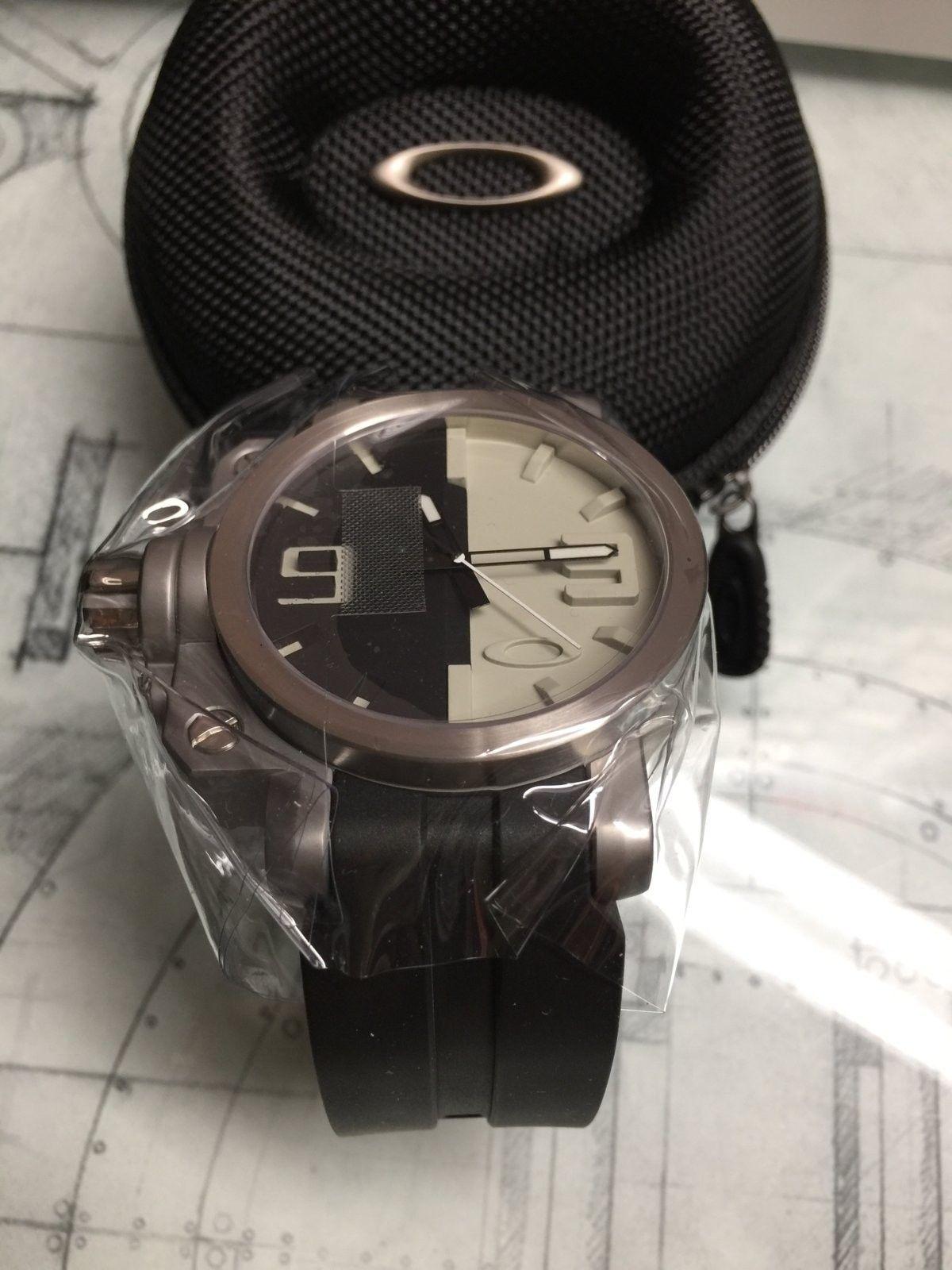BNIB Brushed/Black/Tan GEARBOX watch - IMG_3300.JPG