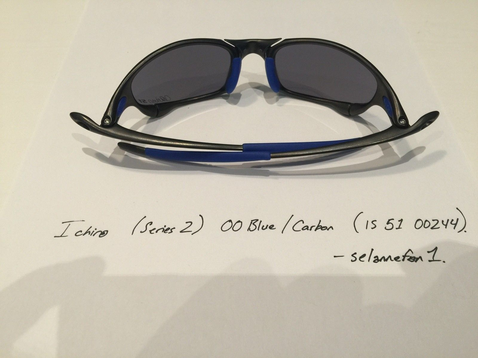 Ichiro OO Blue / Carbon Juliets (with Serial and Box) - IMG_3832.JPG