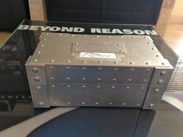 Jordan R1 In Oversized Vault - IMG_3967_zps24b1ba4d.jpg