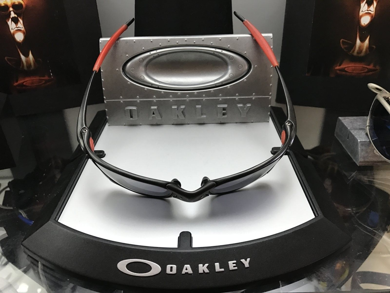 """Juliet Ducati carbon w/ black iridium 4gen """"need love"""" $260 - IMG_4384.JPG"""