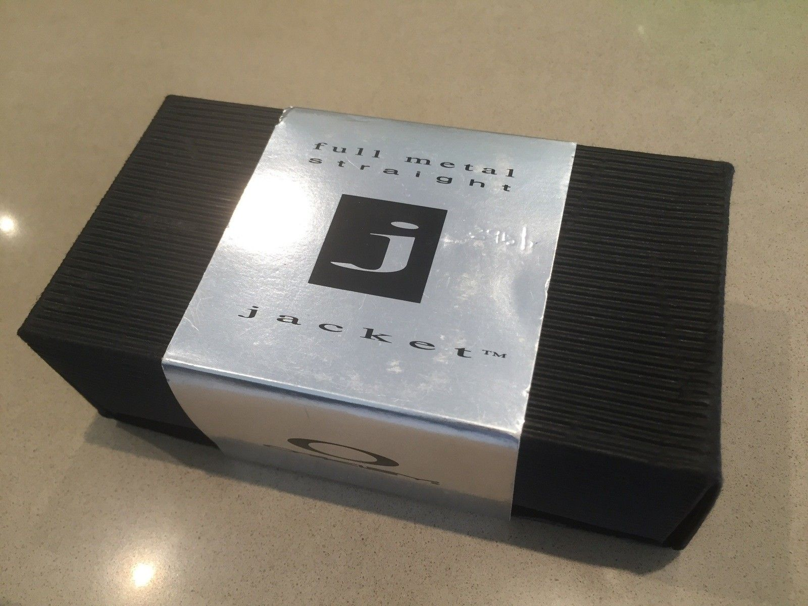 Anyone know which Oakley Sunglasses belong to this box? - IMG_4391.jpg