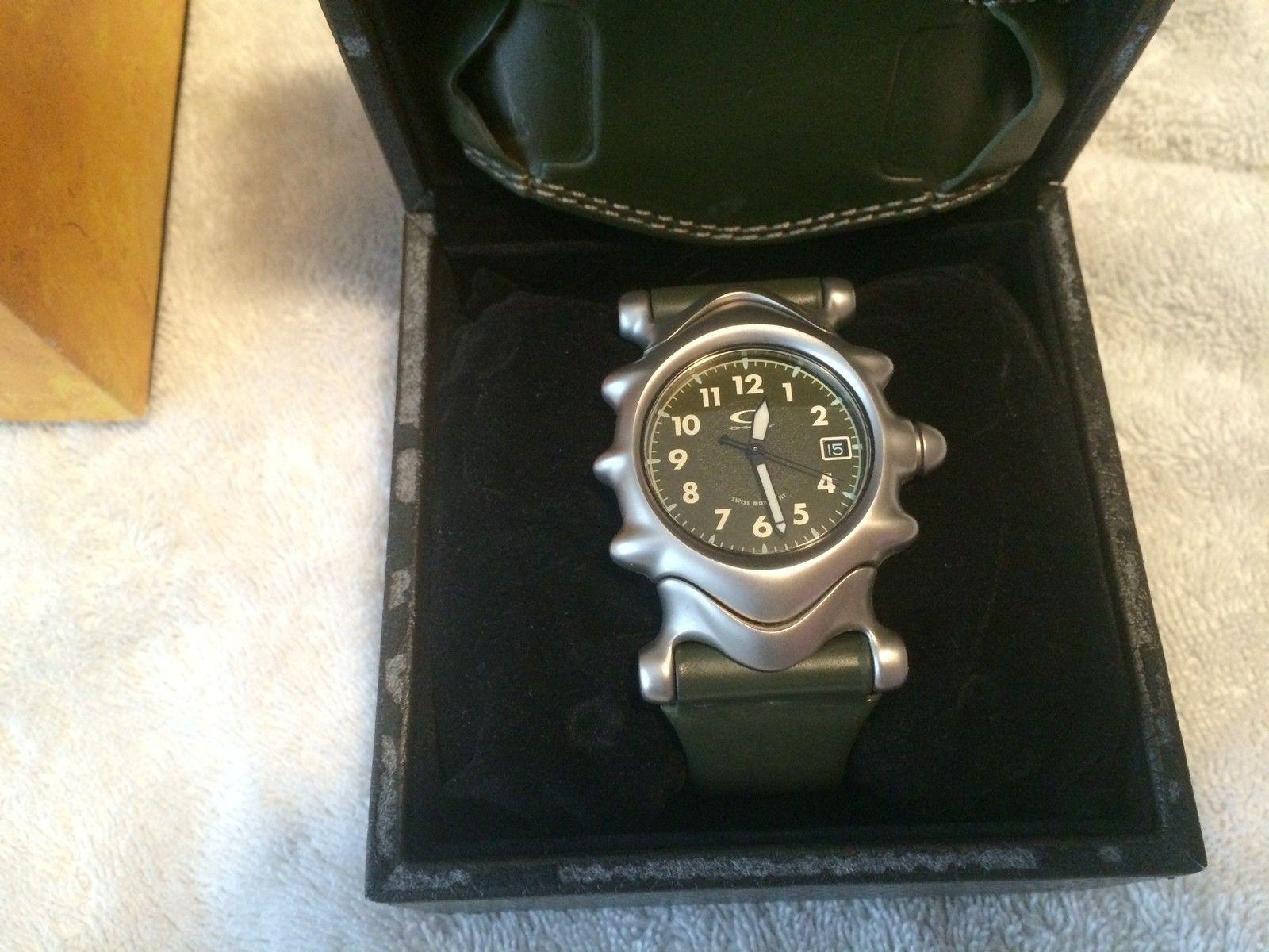 Olive Saddleback Watch BNIB - IMG_4642.JPG