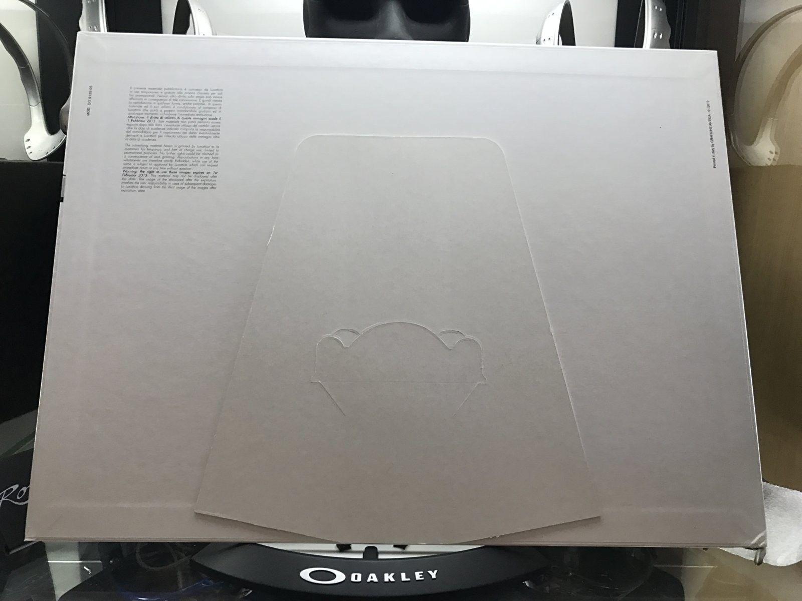Big display card - Sebastian Zietz - surf - Jupiter squared - Oakley icon ltd 2012 - IMG_4783.JPG