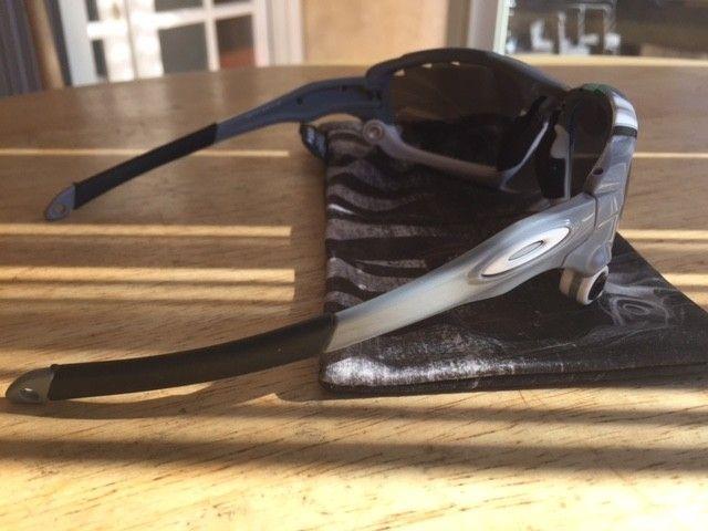 New Racing Jackets 30th anniversary with black iridium lenses - IMG_5191.JPG