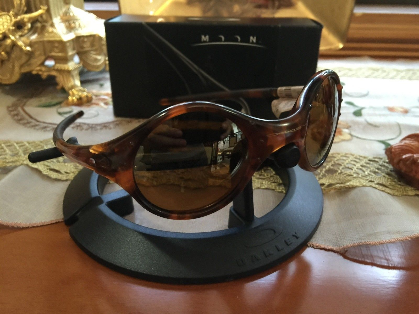 Got me some Old and New Oakleys... - IMG_5326[1].JPG