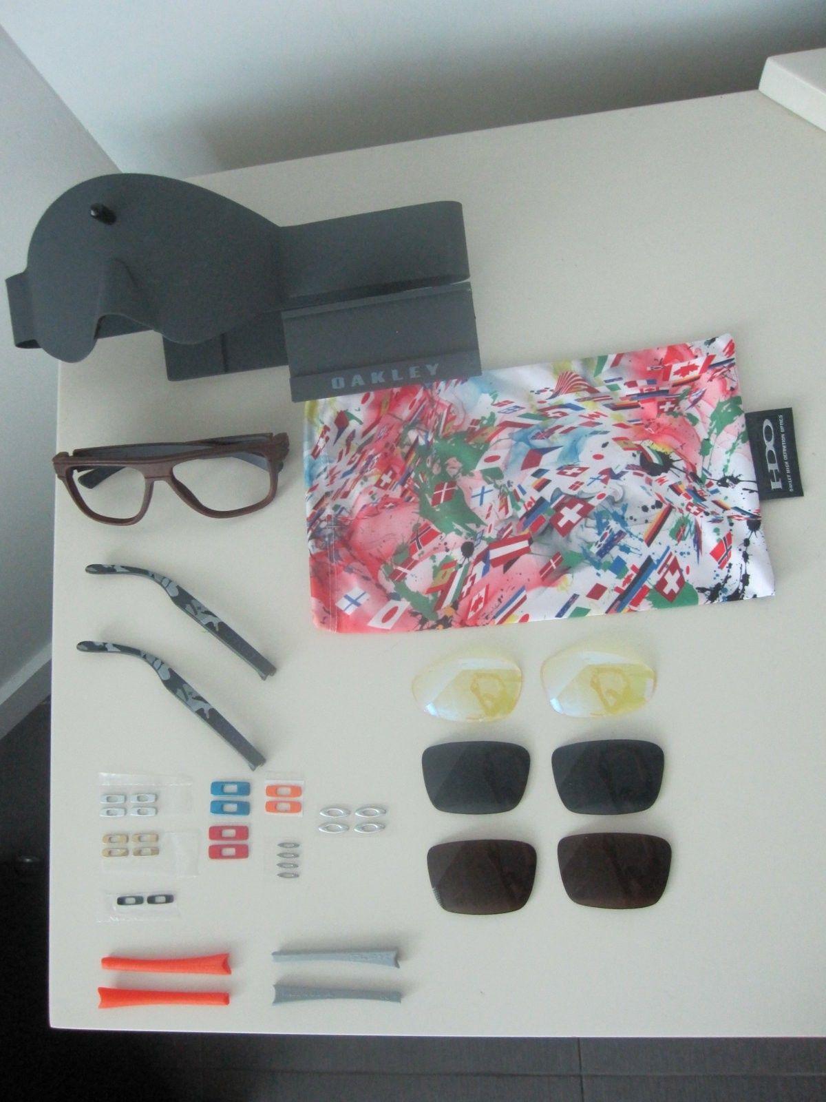 New Oakley Bundle - IMG_5399.JPG