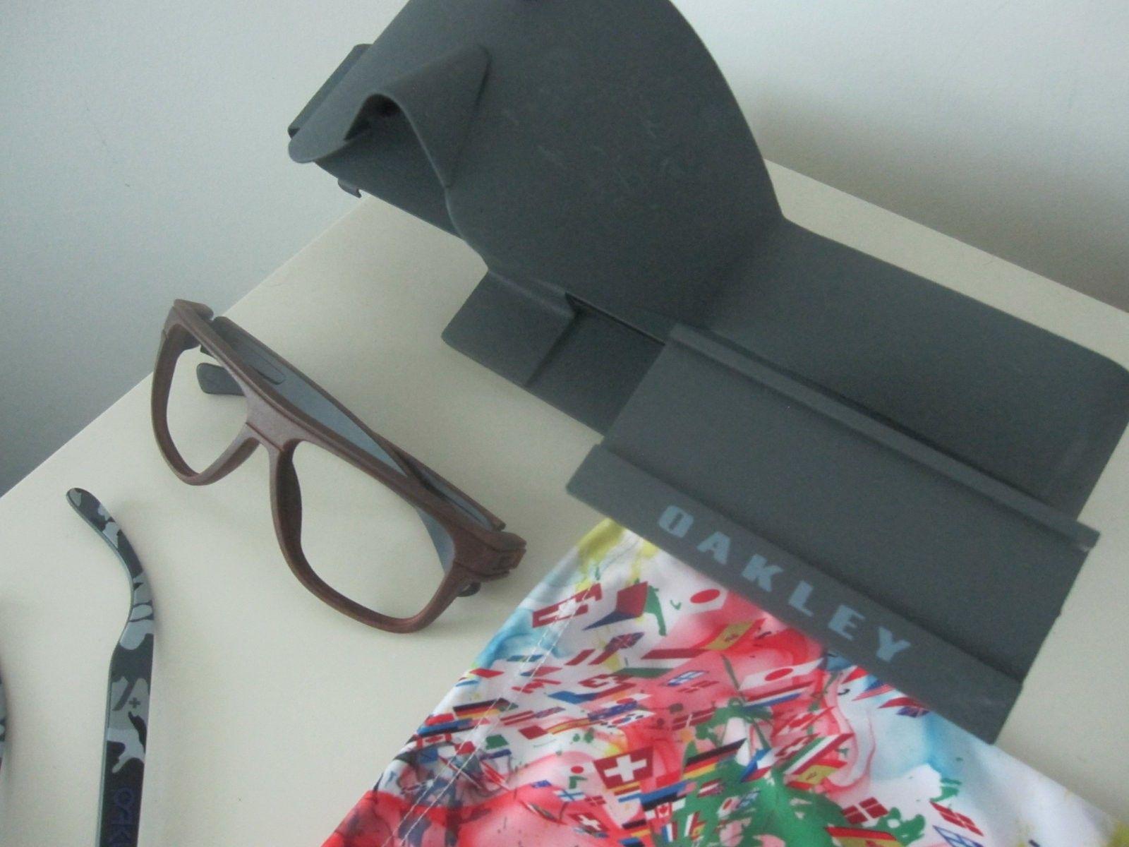 New Oakley Bundle - IMG_5400.JPG