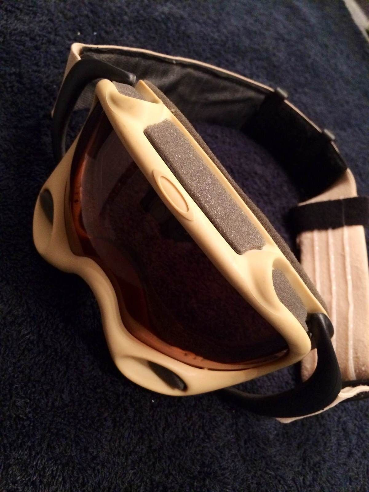 oakley flight deck sale  Sold - Rare Oakley Flight Deck Helmet \u0026 A-Frame Assault Fan Goggle ...