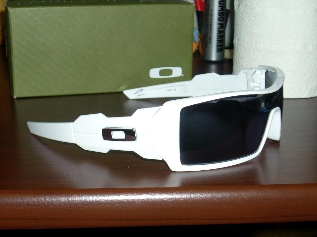 62ba5e780c Buying - Oakley Oil Rig T Pain Limited Edition | Oakley Forum