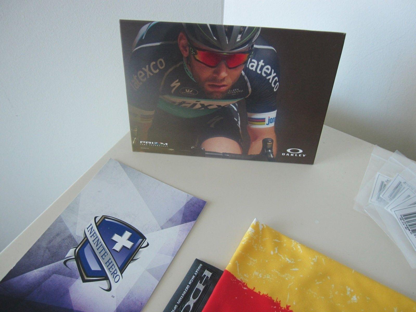 Oakley mini bundle - 2 frames and other stuff - GONE - IMG_5635.JPG