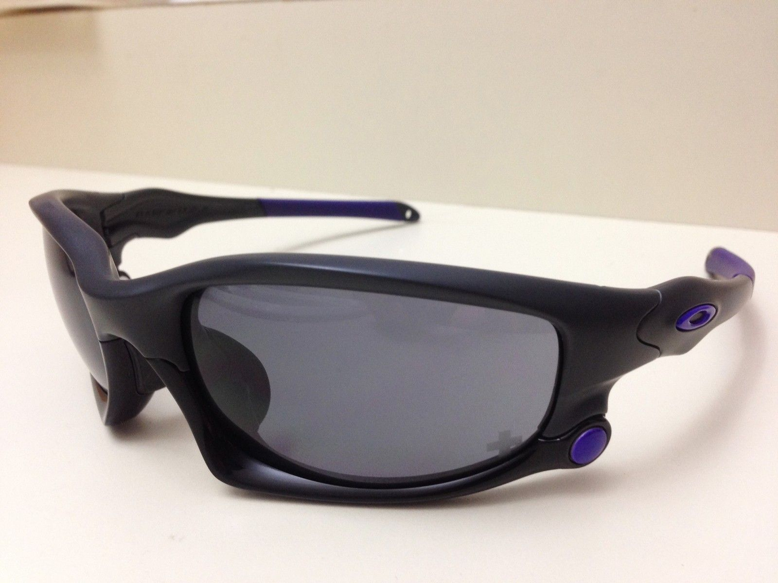 NEW OAKLEY INFINITE HERO SPLIT JACKET *REDUCED PRICE* - IMG_5661.JPG