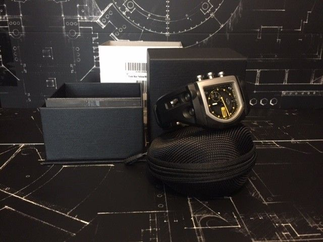BNIB Watch Fuse Box Yellow/Black - IMG_5709.JPG