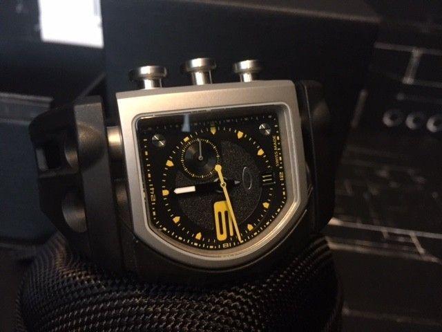 BNIB Watch Fuse Box Yellow/Black - IMG_5710.JPG
