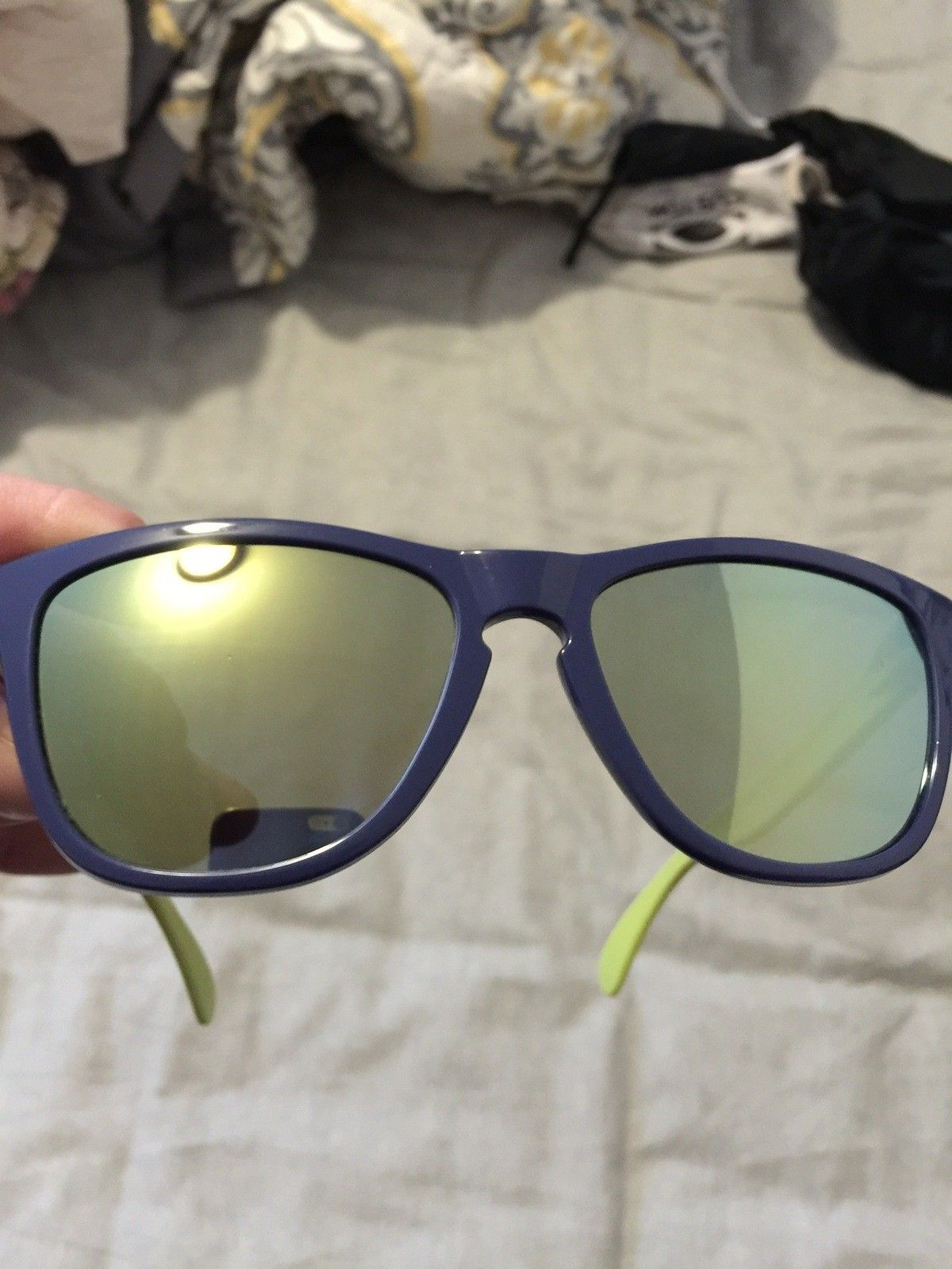 """Several items: Holbrooks, Frogskins, """"project Scar"""", Four, Mag Four S Plasma, X-Metal Stand - IMG_5851.jpg"""