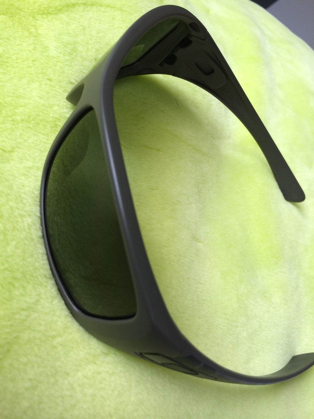 Soviet Hijinx w/Dark Grey lenses - with box , bag and pin - IMG_5994.JPG