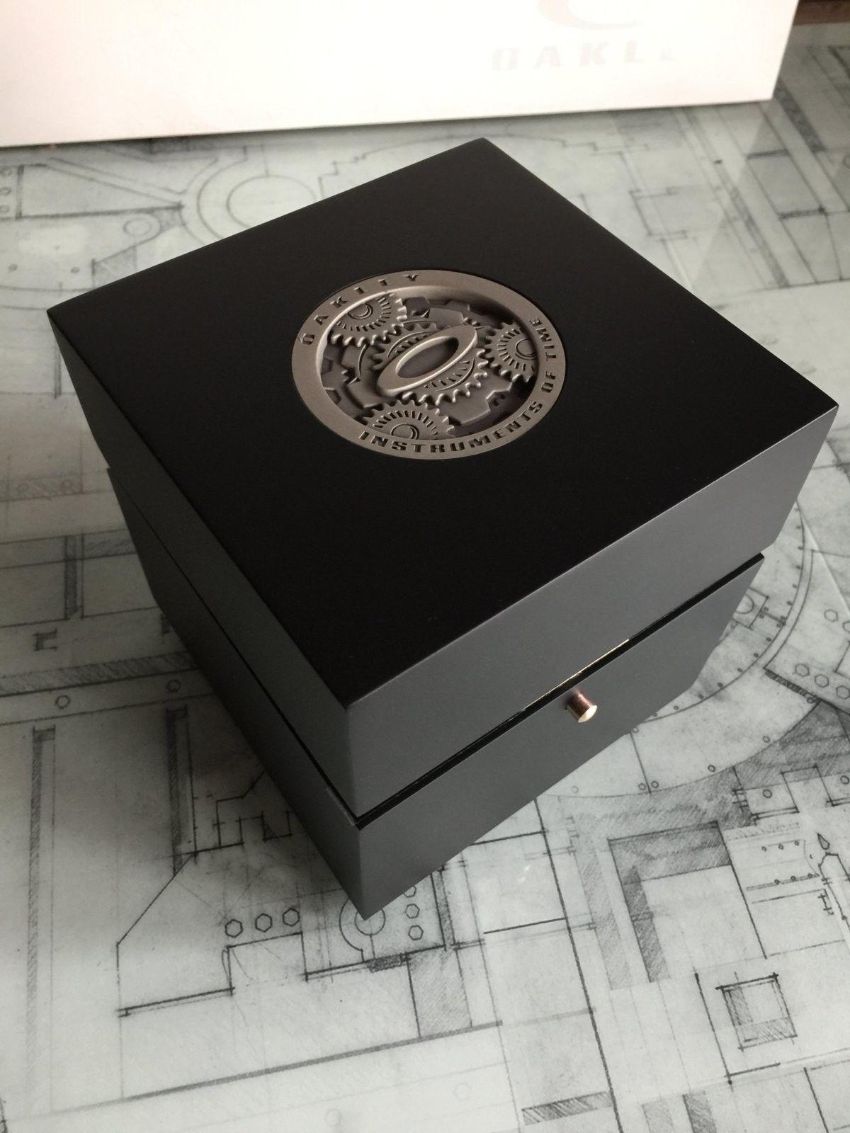 LNIB Polished Black Dial Minute Machine watch - IMG_6083.JPG