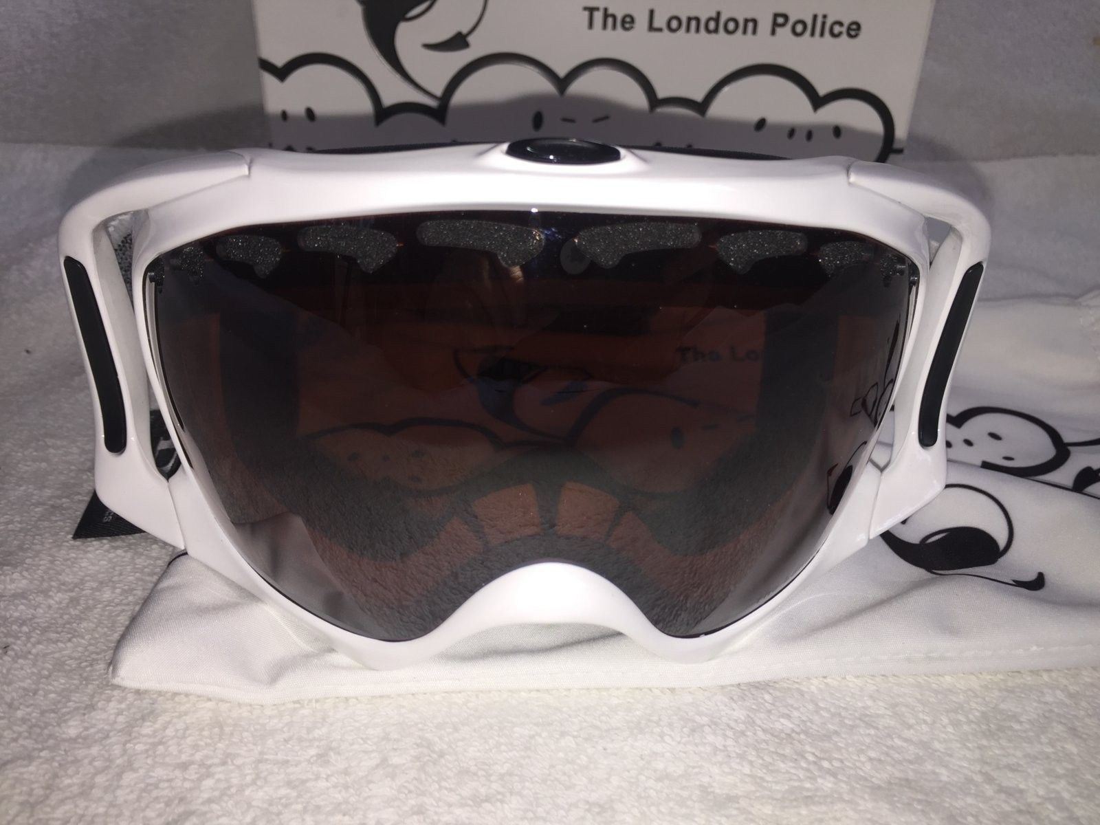 Several Pairs of Oakley's - IMG_6109.JPG