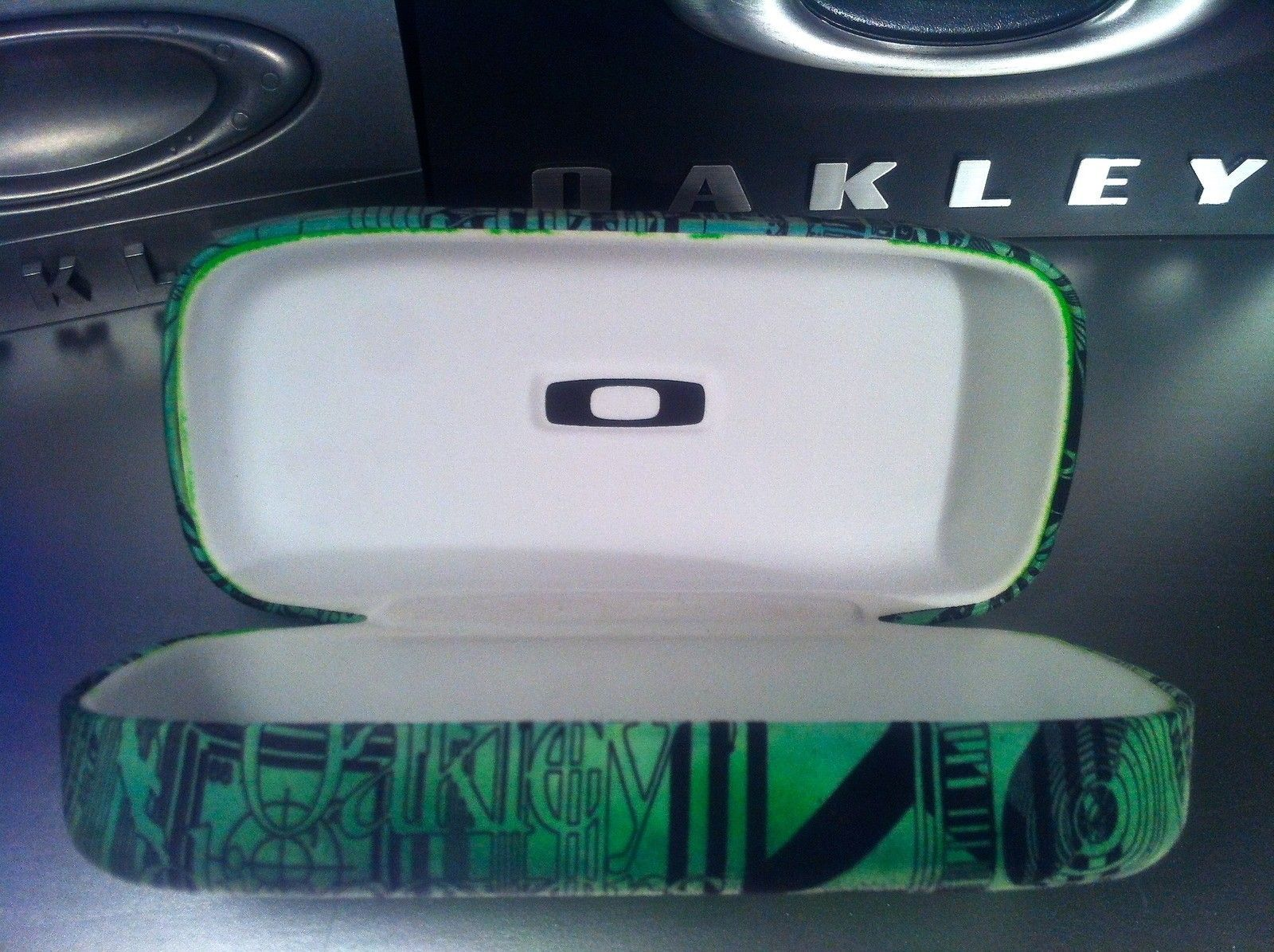 Customized cases - IMG_6382.JPG