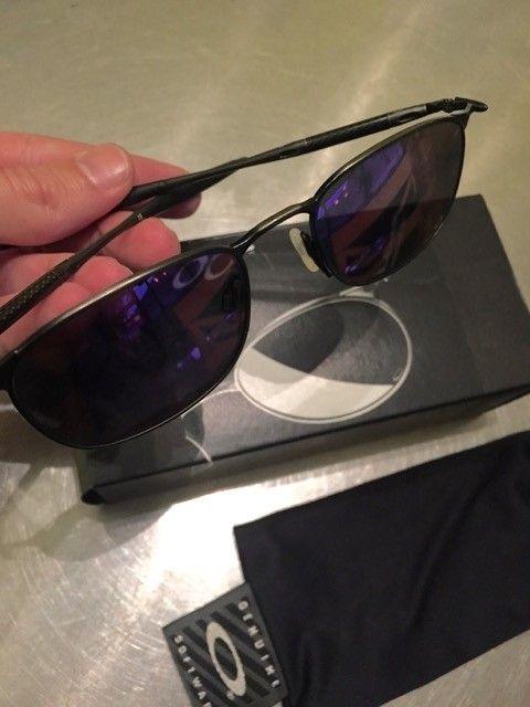 MJ oo  carbon fiber Sunglasses - IMG_6382.jpg