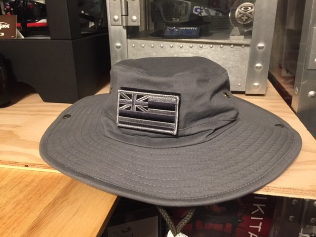JPG The way an Oakley Bucket Hat should have been done!! - IMG 6462. 738d280a427