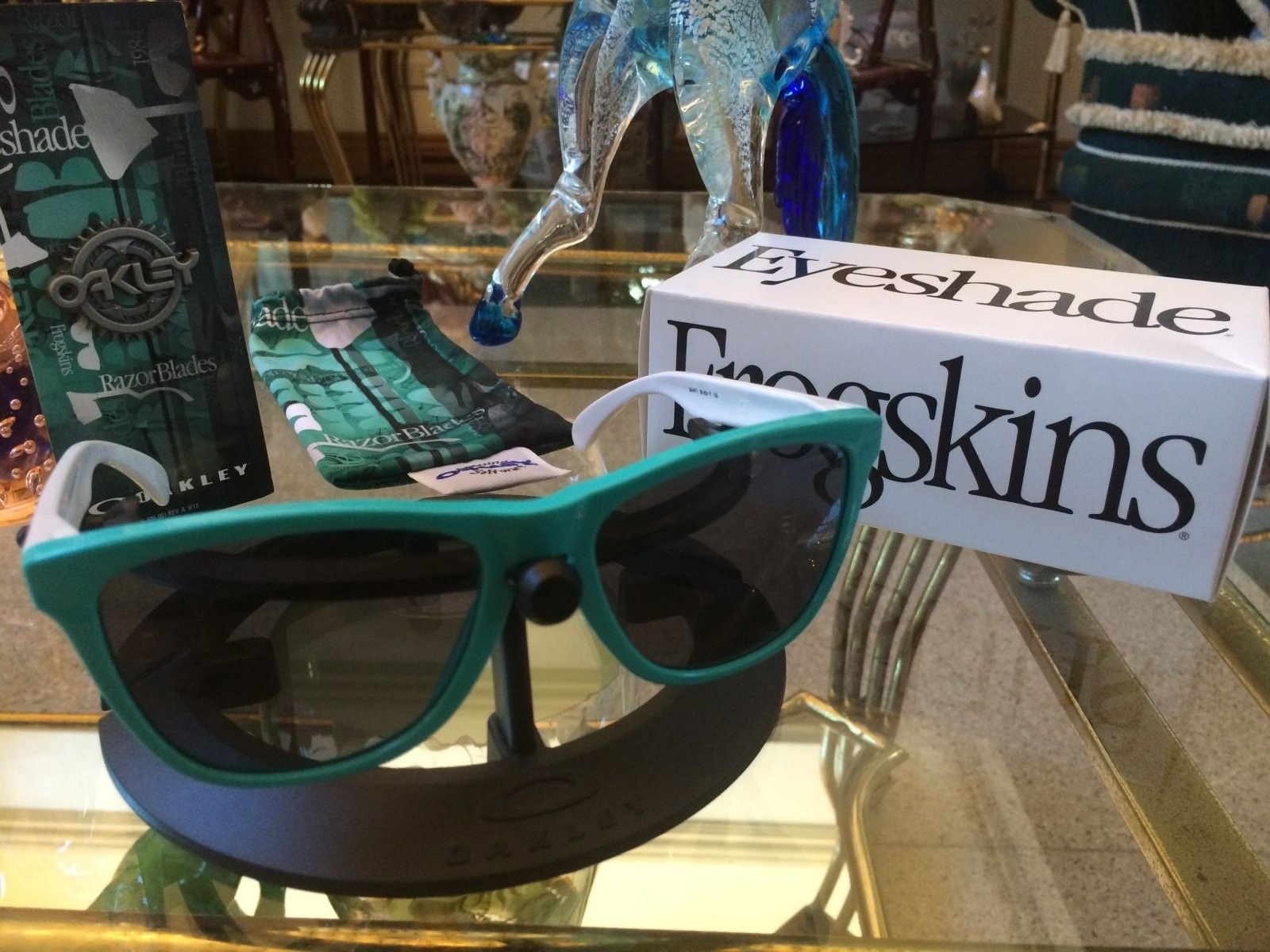 Just Got My Frogskins Seafoam Grey Heritage Collection And The Gascan David Flores Blue - IMG_6573[1].JPG