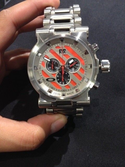 Oakley watches minute machine, hollow point all new with boxes - IMG_6777.jpg