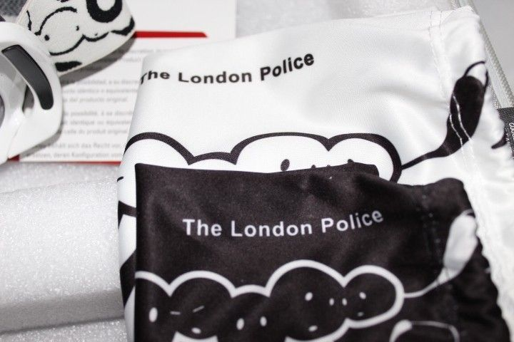 London Police Collector Pack #387 - IMG_6820.JPG
