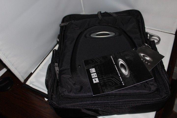 Vertical 3.0 Computer Laptop iPad Bag - IMG_6840.JPG