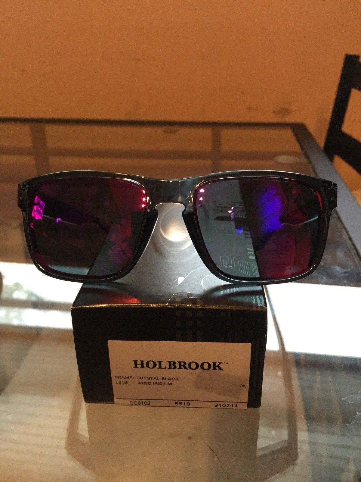 "Several items: Holbrooks, Frogskins, ""project Scar"", Four, Mag Four S Plasma, X-Metal Stand - IMG_7031.jpg"