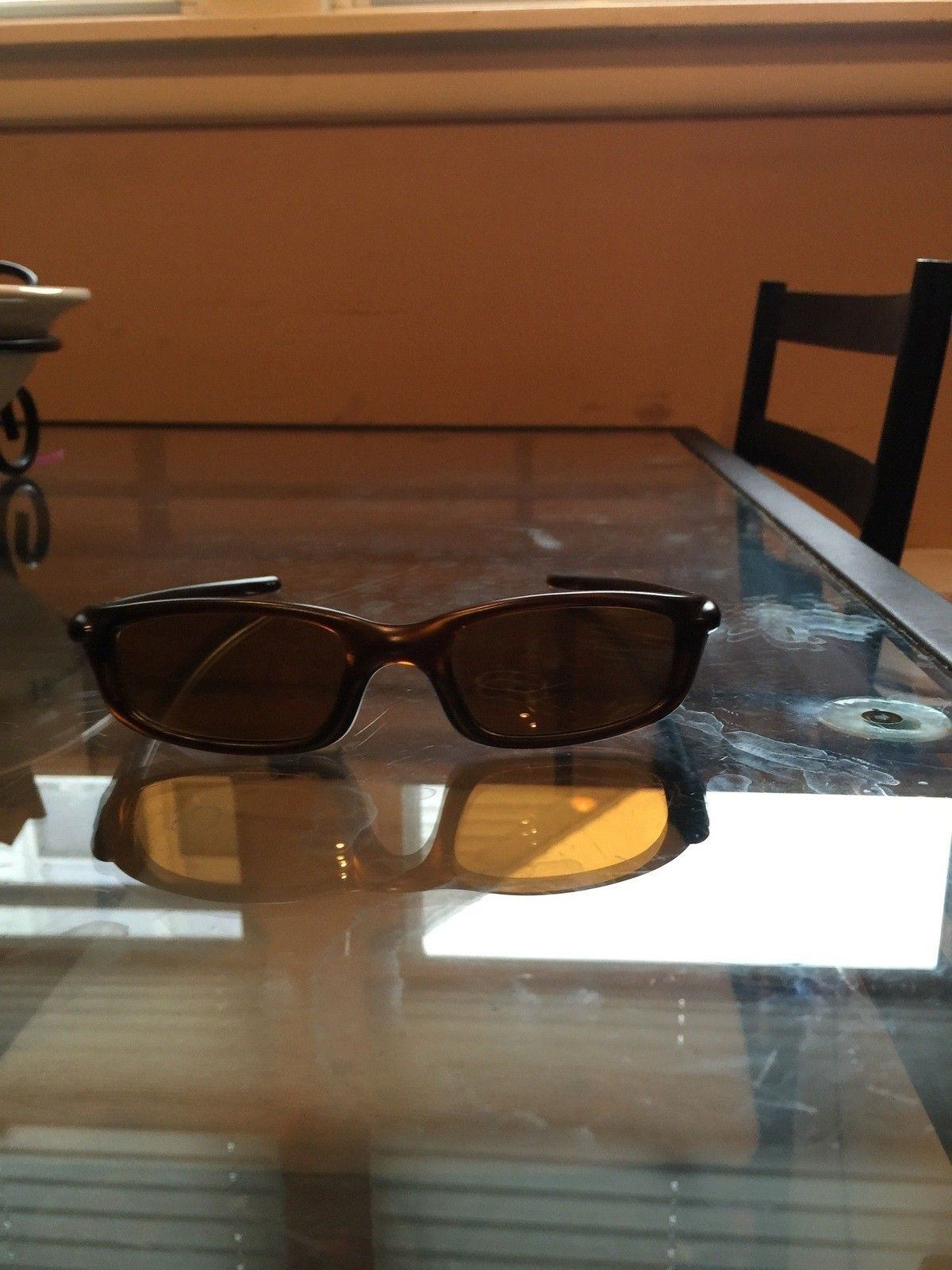 "Several items: Holbrooks, Frogskins, ""project Scar"", Four, Mag Four S Plasma, X-Metal Stand - IMG_7039.jpg"