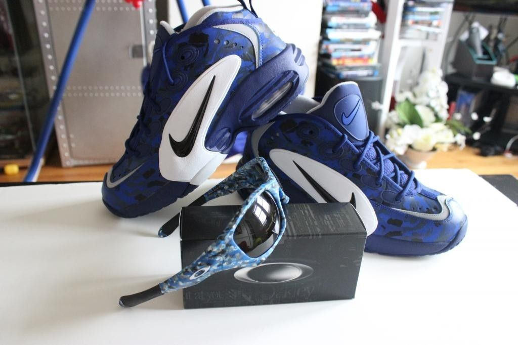 V2oak's 1st DIY/ Custom Oakley Blue Camo Pit Bull - IMG_7197_zps99311373.jpg
