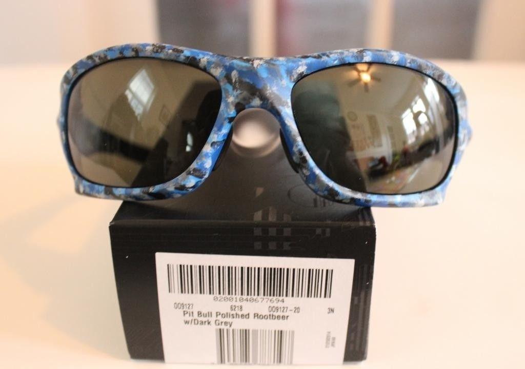 V2oak's 1st DIY/ Custom Oakley Blue Camo Pit Bull - IMG_7208_zps01011ddc.jpg
