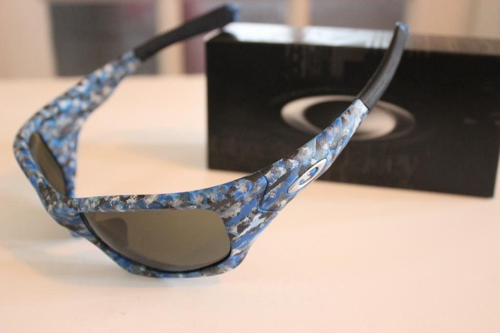 V2oak's 1st DIY/ Custom Oakley Blue Camo Pit Bull - IMG_7209_zps8bd48572.jpg