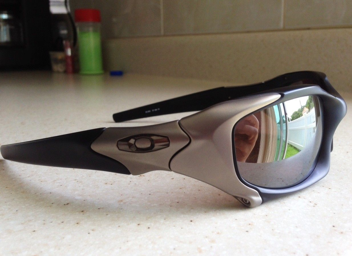 13a2f0b52e1 OAKLEY ELITE PIT BOSS 1 MATTE BLACK   TITANIUM   POL BLACK IRIDIUM  SUNGLASSES OR TRADE
