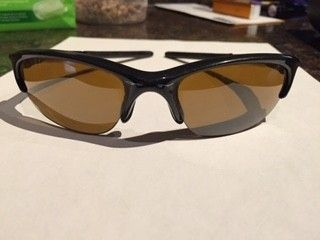 What kind of oakleys r these? - IMG_7396.JPG