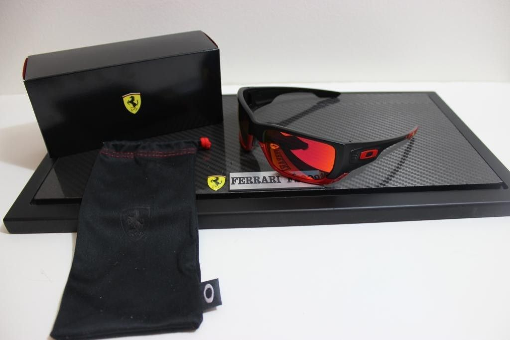 Just Got My Scuderia Ferrari Oakley Style Switch - IMG_7450_zpsbc7de809.jpg